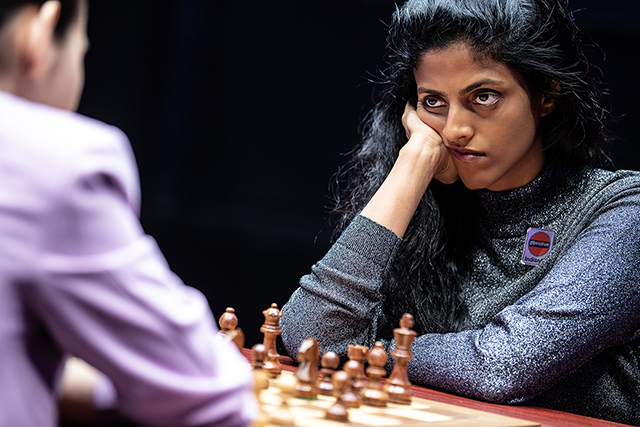 m 20190916 Skolkovo Women Grand Prix R06-160 Harika Dronavalli INDIA mirada eyes